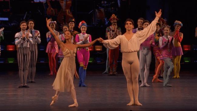 Royal Ballet back on stage