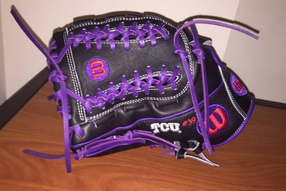 TCU's Wilson Gloves: Black and Purple HG12