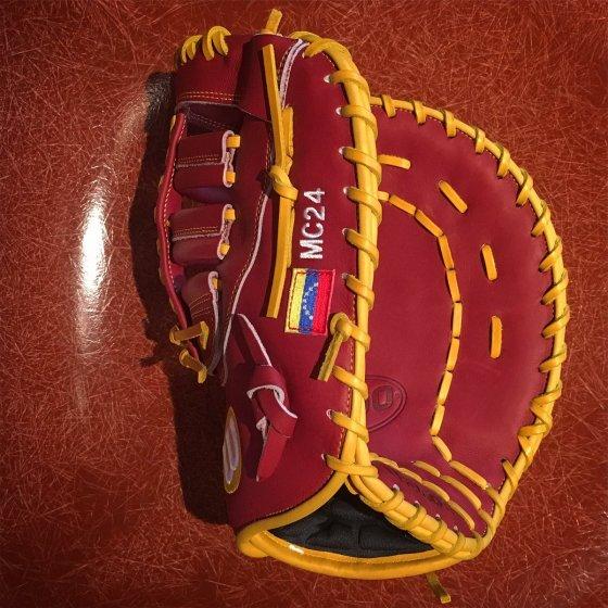 Miguel Cabrera's WBC Glove: Venezuelan-Themed Wilson A2000 MC24