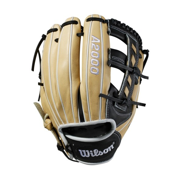 Wilson Glove of the Month January 2018 2