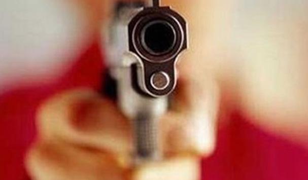रसड़ा में घर में घुसकर महिला को मारी गोली, हालत गंभीर