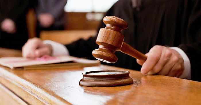 किशोर न्याय बोर्ड के न्यायाधीश ने बलिया के सीएमओ के खिलाफ मुकदमा दर्ज करने का आदेश दिया