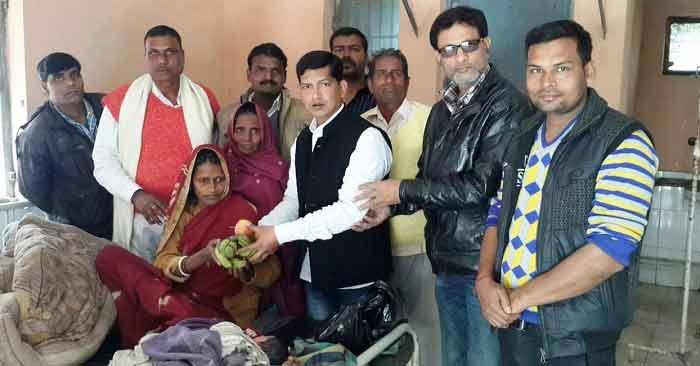 बसपा सुप्रीमो मायावती के जन्म दिन पर मरीजों को बांटे मिठाई-कंबल