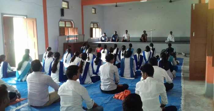 योग दिवस पर रेवती में भी दी गई जानकारी, करवाया गया अभ्यास