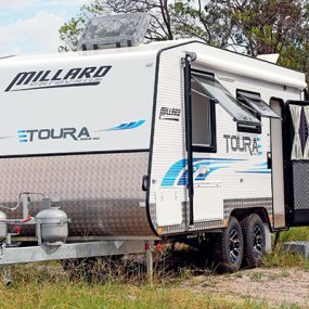 MILLARD TOURA 1860 RD | CARAVAN WORLD REVIEW | APRIL 2017