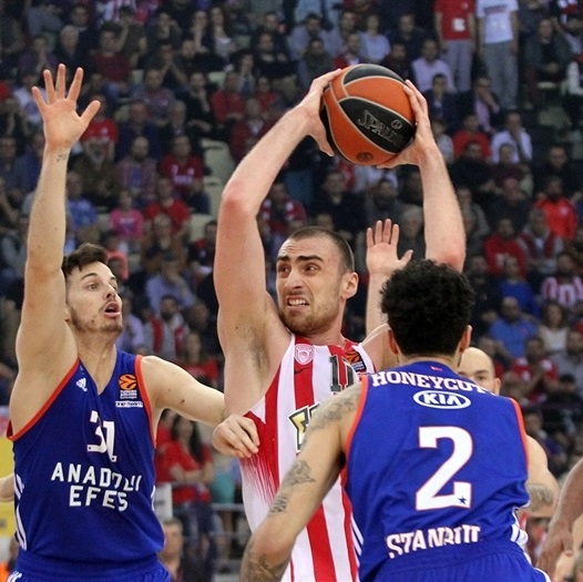 milutinov,oly,euroleague,olympiakos