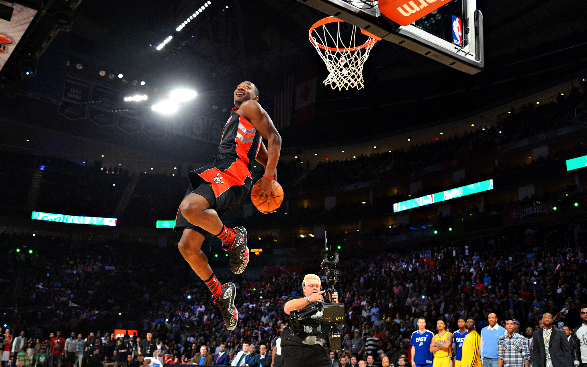 Animated Name Wallpaper Maker Art Of The Day Terrence Ross Dunks On Kenneth Faried
