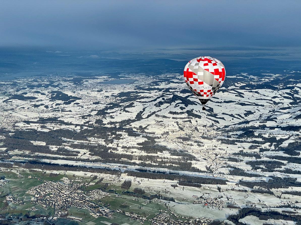 Heissluftballon über den Zürcher Oberland