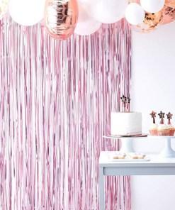 Fransenvorhang, Folie satin-pink, B 1 x L 2,5 m, Dekobeispiel