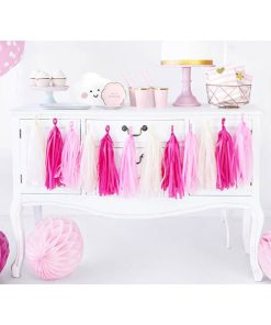 Tasselgirlande, 12 Seidenpapier-Quasten rosa, pink, creme, H 30 cm L 150 cm, Dekobeispiel 1