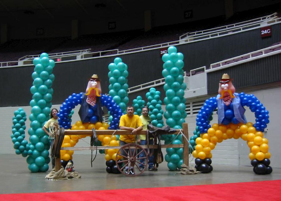 Balloon Sculptures  Home of Balloon City