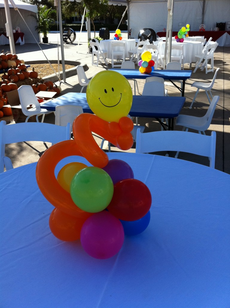 Balloon Centerpieces  Balloon City is a unique decorating company