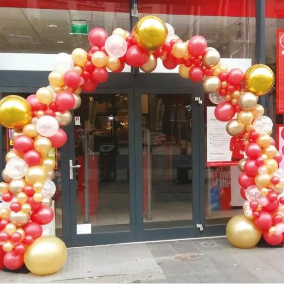 organic balloon arch - The Balloon Factory