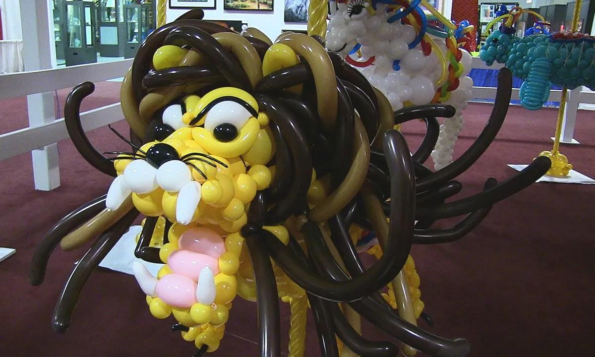 State Fair balloon lion, by Balloonopolis, Columbia, SC - gallery