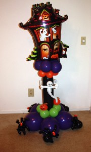 Halloween balloon haunted house delivery, by Balloonopolis, Columbia, SC