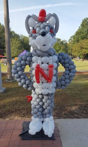 Newberry College Mascot Balloon Greeter, by Balloonopolis, Columbia, South Carolina - Balloon Greeters