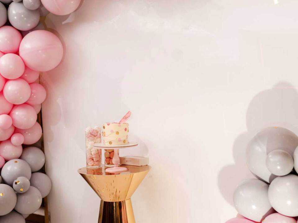 Double Stuffed with Pastel Colors Garland