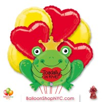 Toadally In Love Valentines Day Balloon Bouquet Inflated Delivery in New York from Balloon Shop NYC