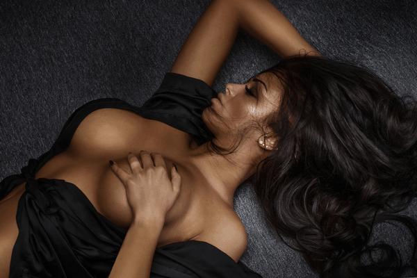 black women-white men sensual black woman