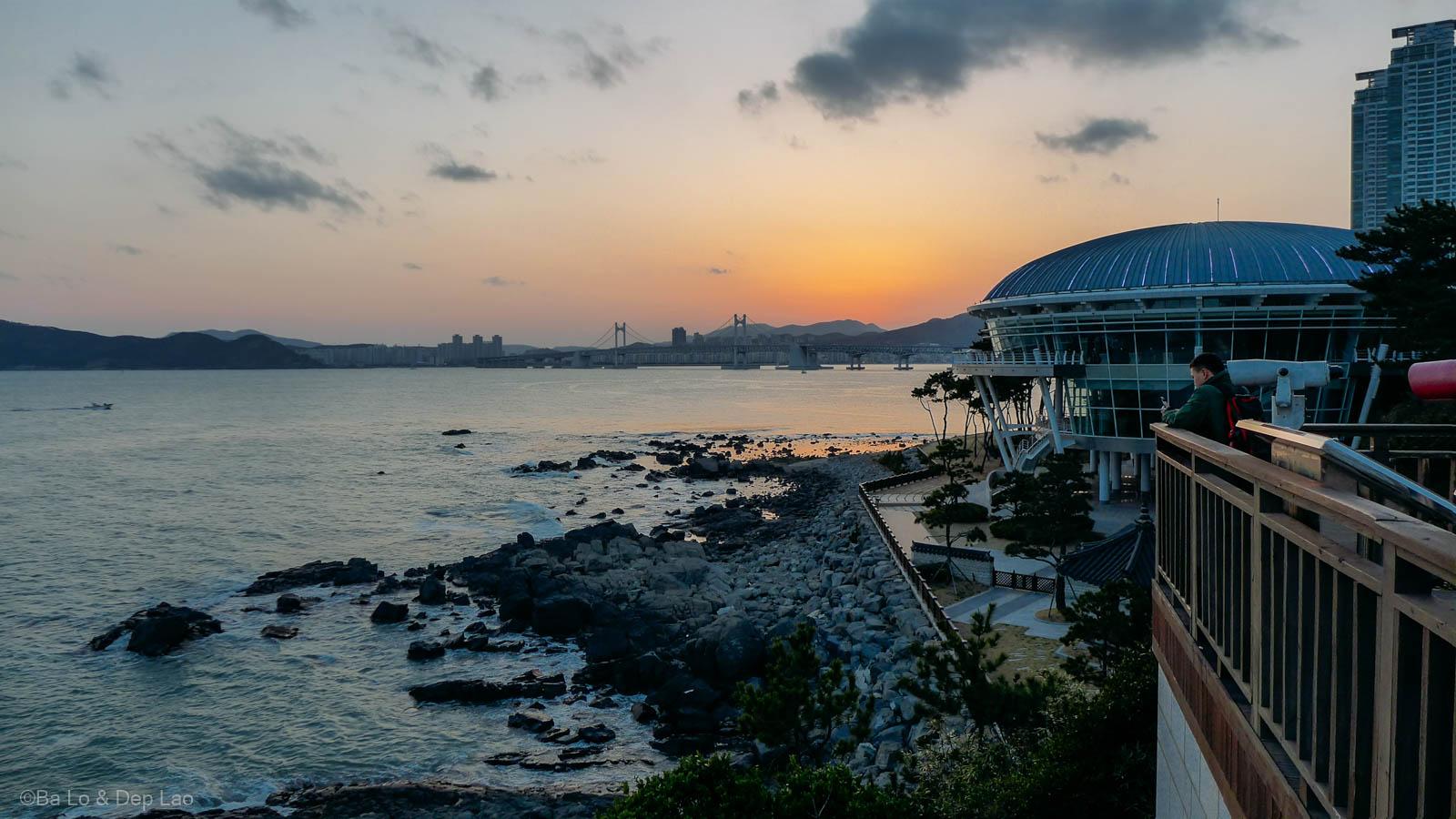 Hoàng hôn Busan nhìn từ đảo DongBaek