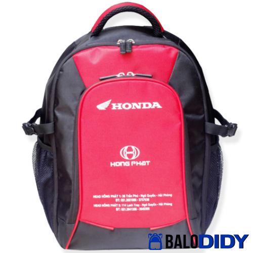 Hãng Honda tặng balo laptop cho khách