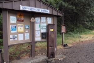 Dog Mtn Trailhead USFS sign