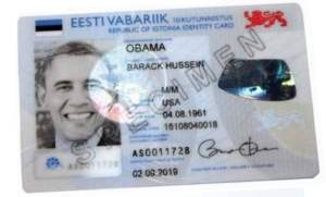 The Estonian President Thomas Hendrik Ilves slipped one of the first Estonian e-IDs to the US President Barack Obama, during his recent visit to Tallinn.