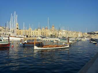 The three cities Vittoriosa ( Vittoriosa, Senglea and Cospicua) which offer a stunning panorama and an evocative atmosphere with their quaint alleys and lively ports. Photo © by Alessia Bottone