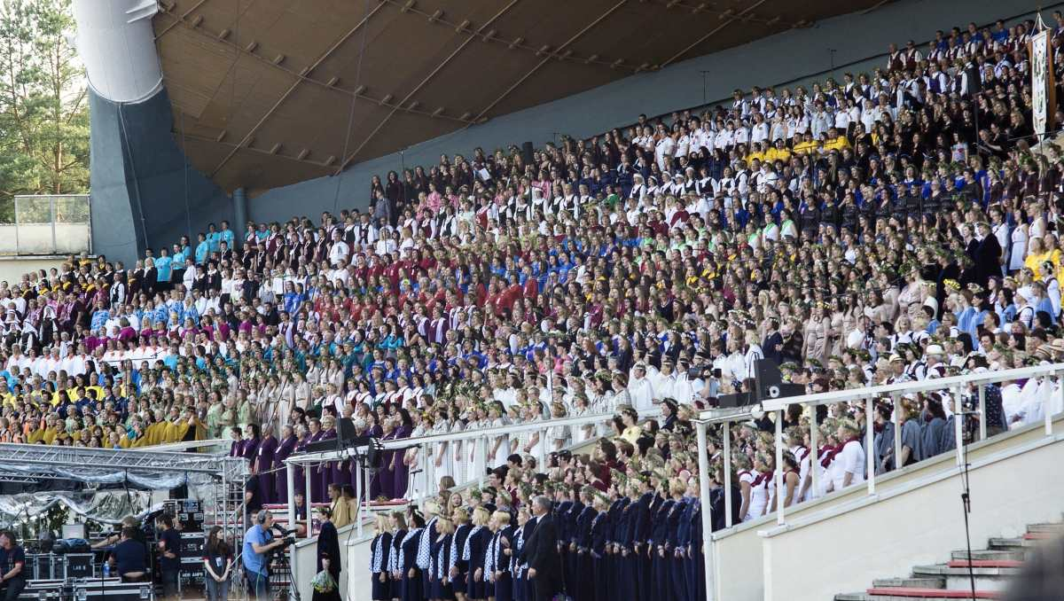 Thousands of spectators and participants show up for Baltic Song and Dance Celebrations. The Lithuanian Song and Dance Celebration dedicated to the 100th anniversary of the restoration of the Lithuanian State will be held in 2018. Get ready world! Photo: Algis Norvila