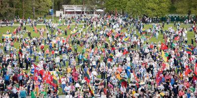 The Big Family Defence March (Didysis šeimos gynimo maršas)