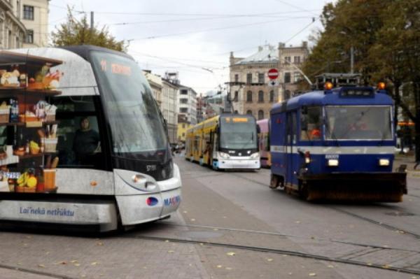 В Рижской думе рассказали, что будет с льготами в Rīgas satiksme и с парковками