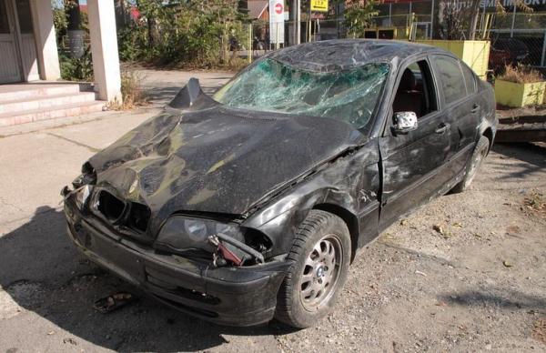 В Йыхви столкнулись два автомобиля: полиция ищет свидетелей