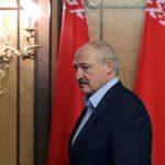 Лукашенко заявил, что его толкают к силовому разрешению ситуации