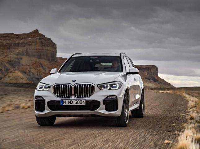 BMW планирует повысить цены на автомобили в России из-за обвала рубля