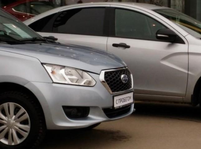 Большинство россиян покупают подержанные машины из-за нехватки денег