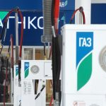 Для россиян предложили скидку 90 процентов при переводе машин с бензина на газ