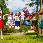 Для школьников откроется более 33 тысяч летних лагерей