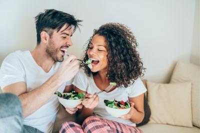 Насколько калорийна здоровая еда? Энергетическая ценность авокадо, орехов, кокоса