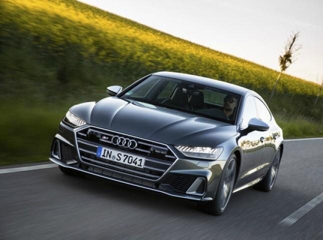 Новые Audi S6 и Audi S7 Sportback доступны для заказа в России