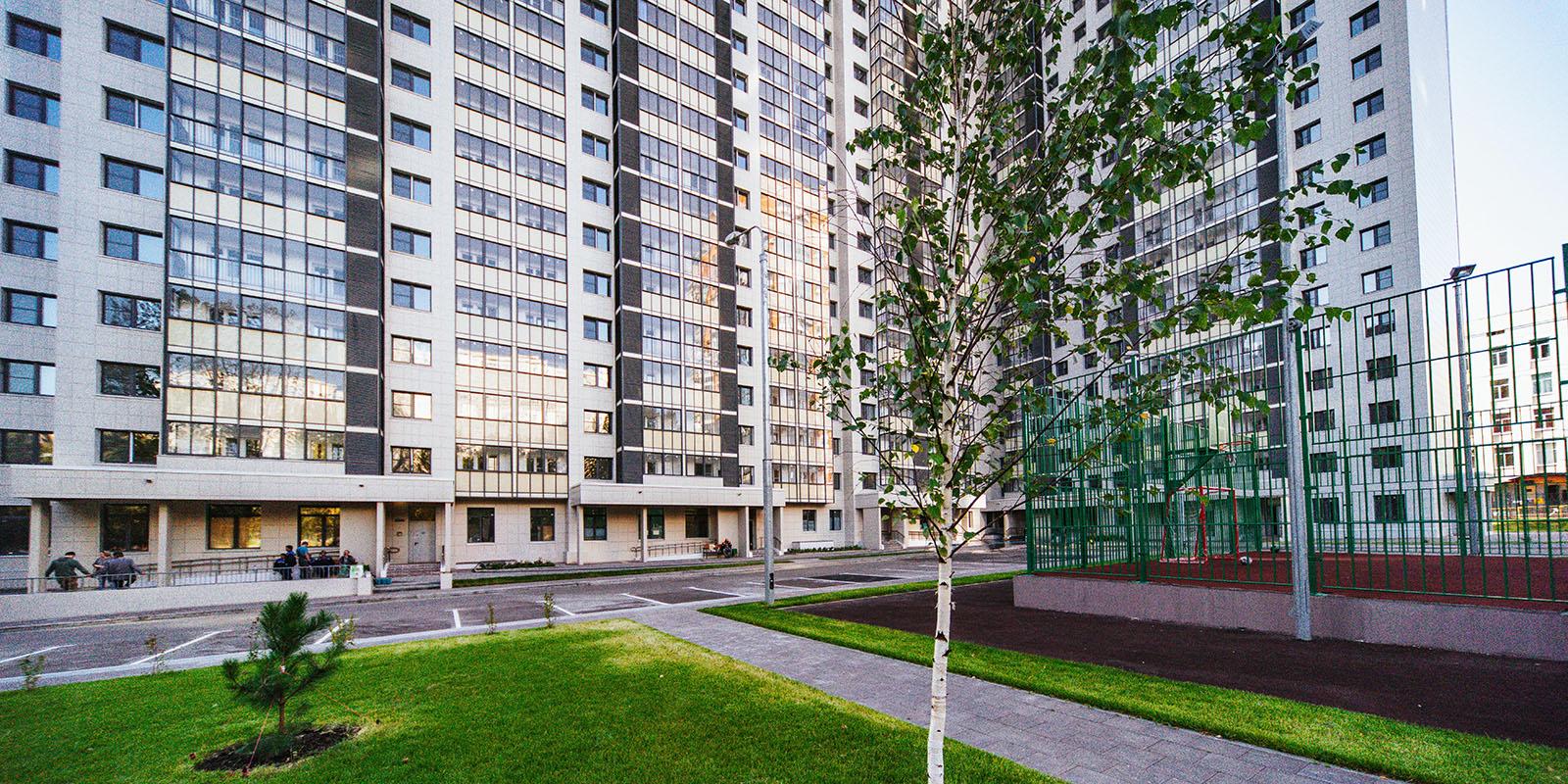 Программа реновации в ЗАО: жильцы дома на улице Лобачевского переезжают в новые квартиры