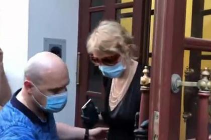 Рената Литвинова объяснила посещение квартиры Ефремова