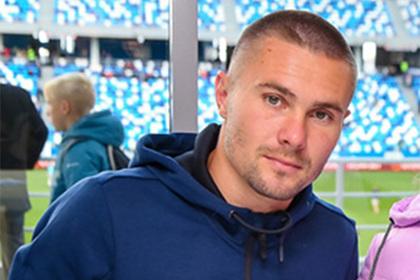 Российский футболист раскрыл размер зарплаты и разозлил фанатов