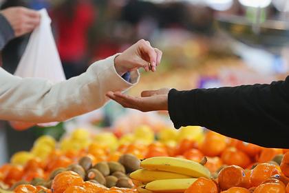 В мире рекордно подешевела еда