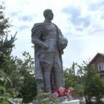В Ярославской области житель восстановил мемориал советскому воину