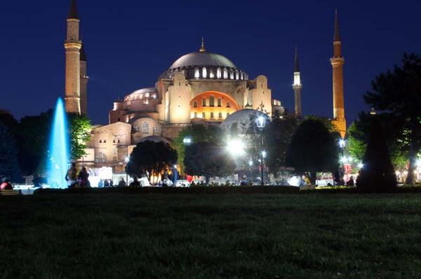 Госдума РФ призвала Турцию сохранить музейный статус Святой Софии