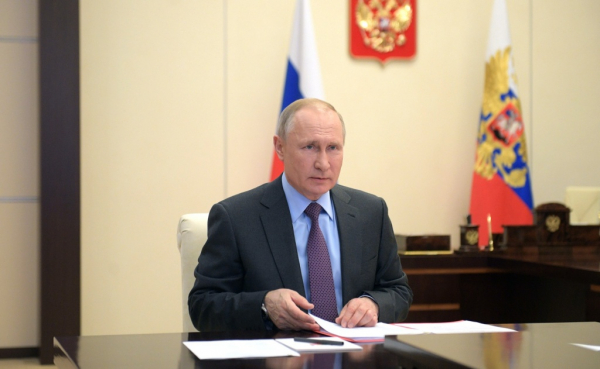 Президент поручил профинансировать работу фонда «Русский мир» до 2025 года