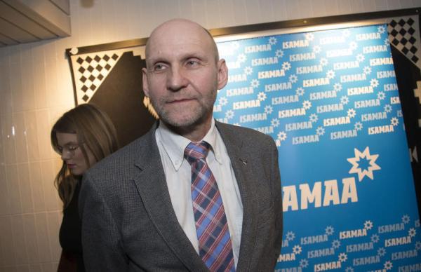 Сеэдер заверил, что Isamaa останется консервативной партией