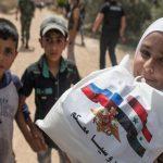 Жители Сирии получили от российских военных гуманитарную помощь