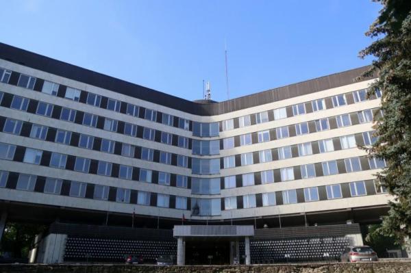 """Автор бывшего здания ЦК КПЛ в Риге: """"Из истории не нужно вырывать листы"""""""