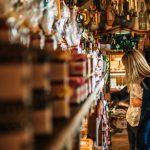 Эстонские ремесленники и продавцы сувениров просят помощи государства